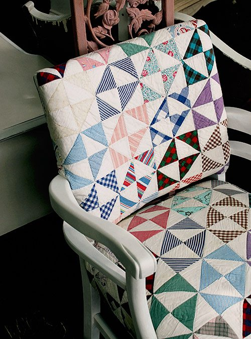 how to cover a chair with a quilt